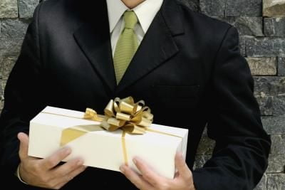 patrona hediye seçimi