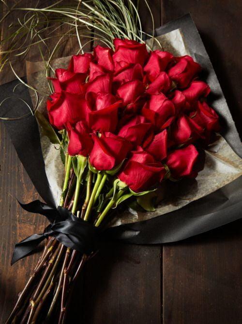 En G%C3%BCzel %C3%87i%C3%A7ekler ve Anlamlar%C4%B1 4 - Bugünkü çiçekler kime gitsin?